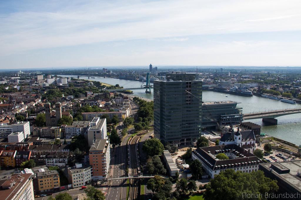 Blick auf Köln von der Aussichtsplattform des LVR-Turms